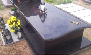 Style europeo Polished Granite Monument Tombstone de Black Pearl